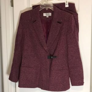 Women's 2pc Winter Skirt Suit Size 10